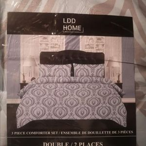 New Double comforter set